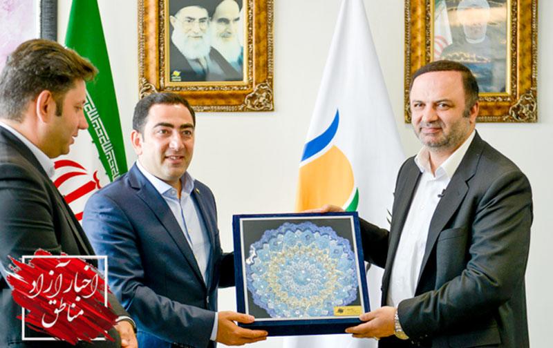 در دیدار مدیرعامل سازمان بنادر و دریانوردی جمهوری آذربایجان با مدیرعامل سازمان منطقه آزاد انزلی مطرح شد: توسعه همکاریهای مشترک گردشگری دریایی، بندری و حمل و نقل ترکیبی