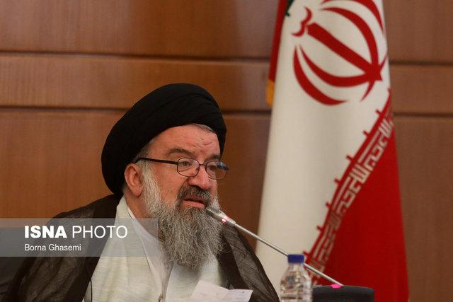 احمد خاتمی: دشمنان آرزوی سقوط نظام را به گور میبرند