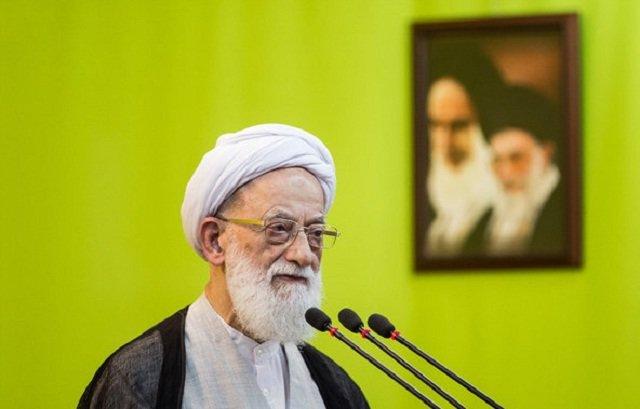 امامی کاشانی نماز جمعه تهران را اقامه میکند