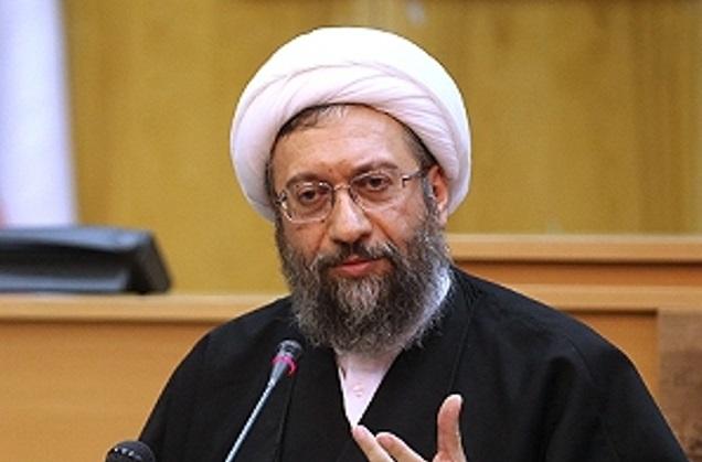 تخریب نهادهای نظام، تخریب اصل نظام است|دولت کاری جهادی در پیش بگیرد| ایران مثل فلان کشور آفریقایی نیست| کسی که رای دادگاه را پاره میکند به قوه قضاییه توهین کرده