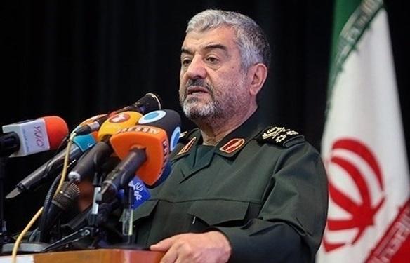 ایران مستشاران و سلاحهای خود در سوریه را حفظ خواهد کرد| دارید با دم شیر بازی میکنید!| بترسید از روزی که موشکهای نقطهزن ایران غرشکنان بر سرتان فرود آید