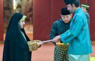 اولین دیدار سفیر زن ایرانی با سلطان برونئی