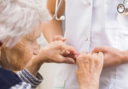 پیشگیری از ضعف عضلات در سالمندان