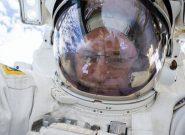 ۱۷ اتفاق عجیب که در فضا برای انسان رخ میدهد + عکس