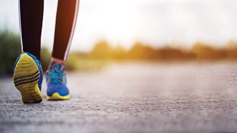 اشتباهاتی که نباید هنگام پیاده روی انجام دهید
